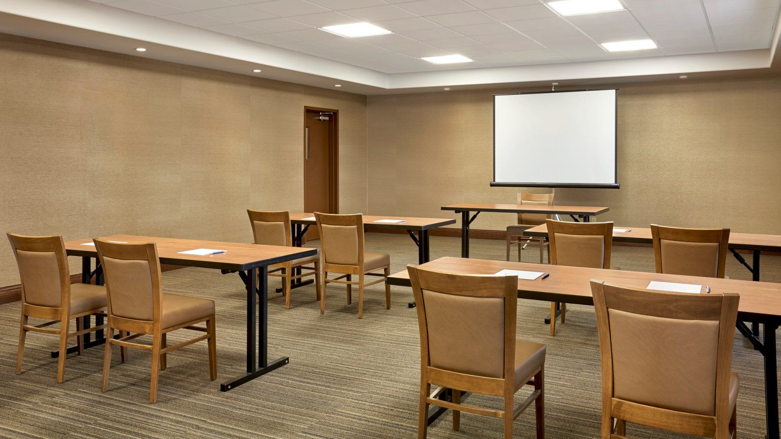 Meeting Rooms Regina - Meeting Room